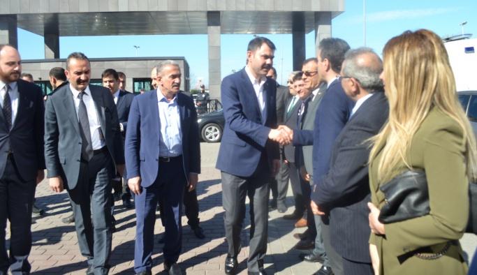 Çevre ve Şehircilik Bakanı Murat Kurum 17 Mart Cuma günü Yalova'ya ziyarette bulundu.