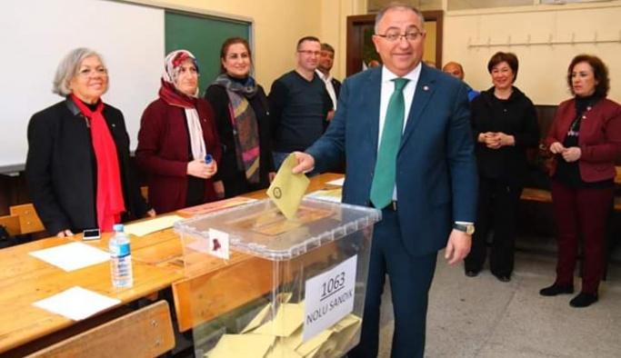 İlçe Seçim Kurulu '332 oy farkı var' dedi