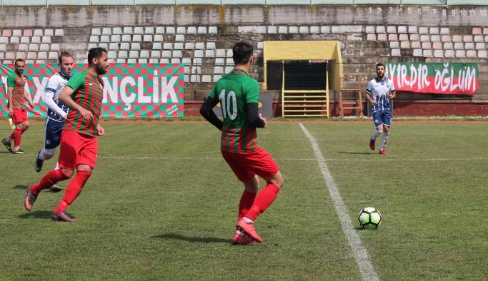 Yalovaspor, Hersekspor'u gole boğdu 10-1