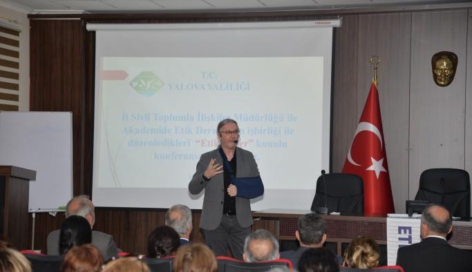 'Etik değer' konferansı düzenlendi