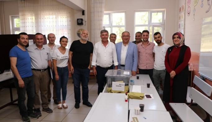 Başkan Salman Demokrasi İçin İstanbul'daydı