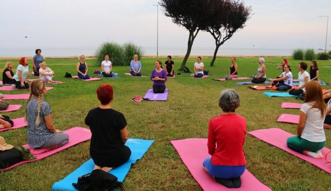 Yalovalı kadınlar Dünya Yoga Günü'nde buluştu