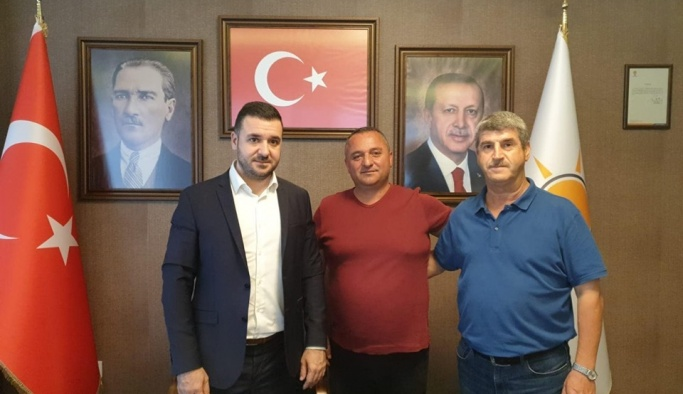 AK Parti'de 2 beldeye yeni atama!