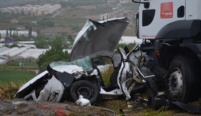 Koru'da zincirleme kaza: 1 ölü 4 yaralı