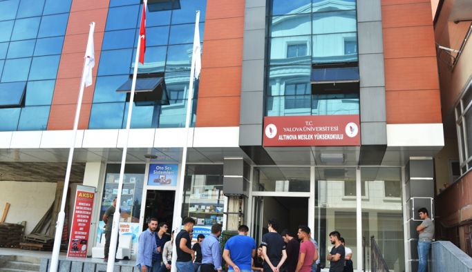 Altınova MYO açıldı!