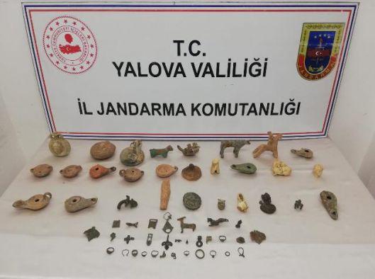 Tarihi eser kaçakçıları Yalova'da yakalandılar!