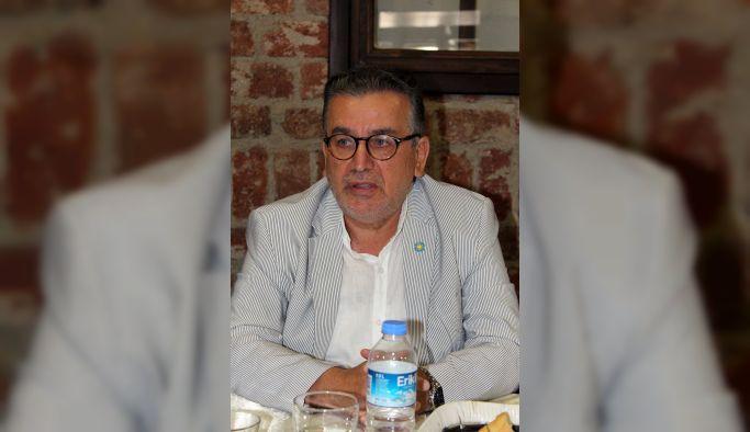 """Tatar; """"Her yeri Türk bayrakları ile donatalım"""""""