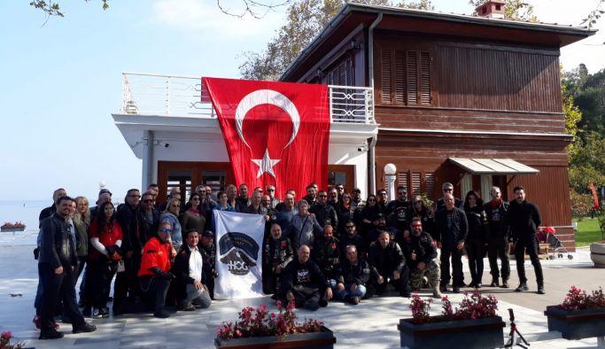 Yürüyen Köşk'e 29 Ekim Çıkarması
