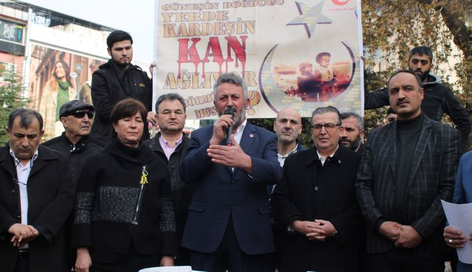 Doğu Türkistan'daki zulme tepki gösterdiler