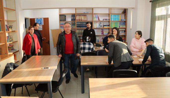 Kütüphane Kafe açıldı