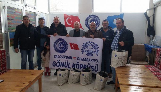 Altınova'dan Diyarbakır'daki 150 öğrenciye yardım eli