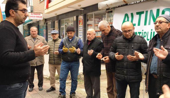 Altınova'dan İdlib'e yardım tırı