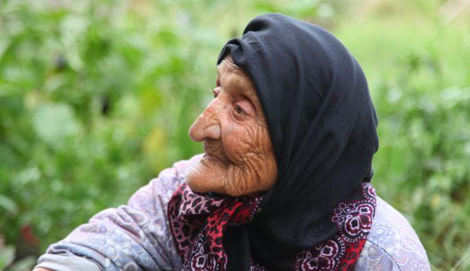 Limak Enerji, Zafer Bayramı'nı en yaşlı abonesi ile kutladı