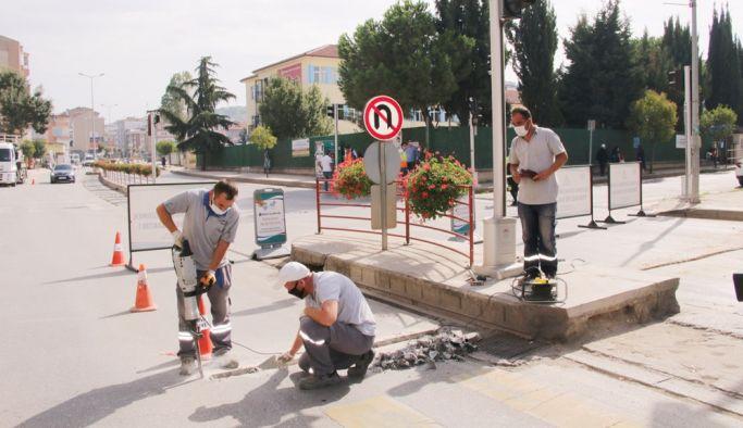 Trafik sinyalizasyon alt yapısı yenileniyor