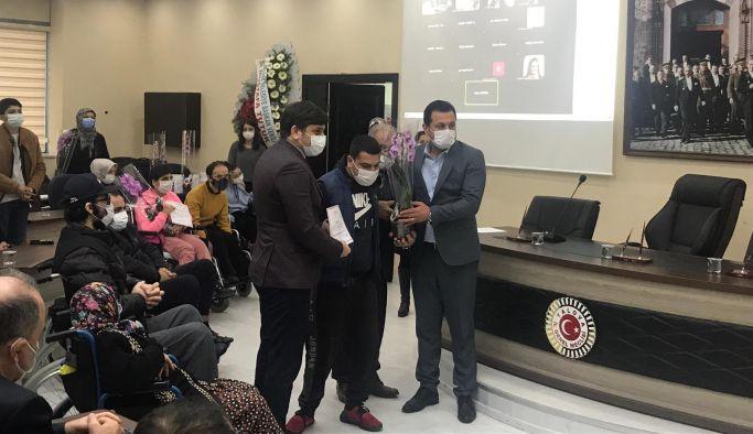 Demirhan, TSK'nın sertifika törenine katıldı