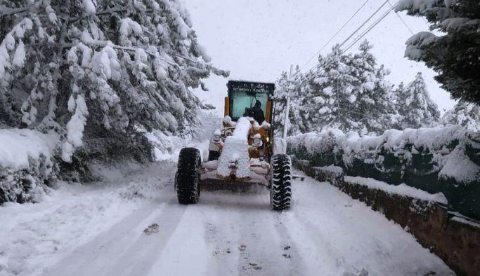 Altınova'da yollar açık, ekipler teyakkuzda