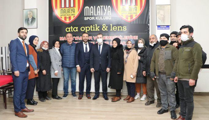 Başkan Tutuk Malatyalılar Derneğini ziyaret etti