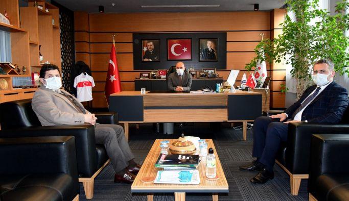 Başkan Oral, Yeniyol ve Gül'ü ağırladı