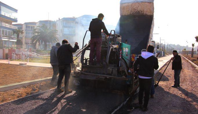 Belediye, sahil çalışmalarına yeniden başladı