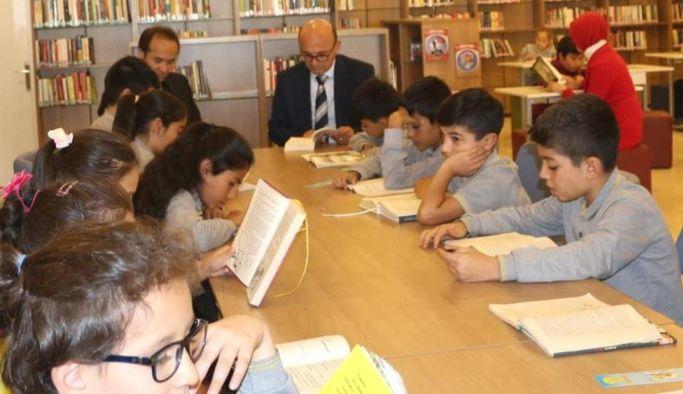 """Oral, """"Kütüphaneler, hayatımızın en zengin unsurlarıdır"""""""