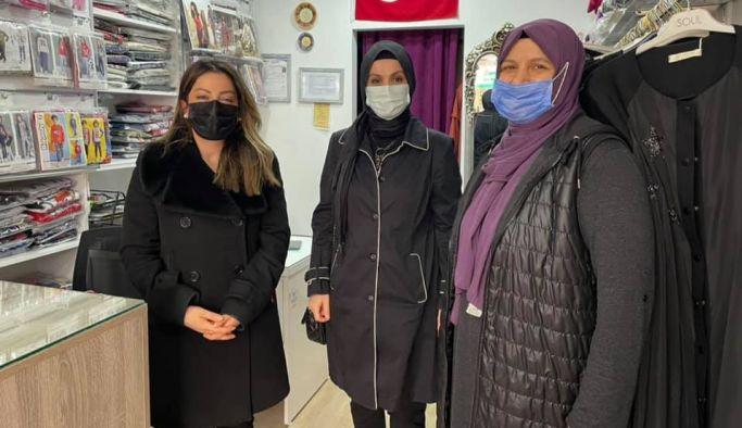 AK Kadınlar, tekstil esnafını ziyaret etti