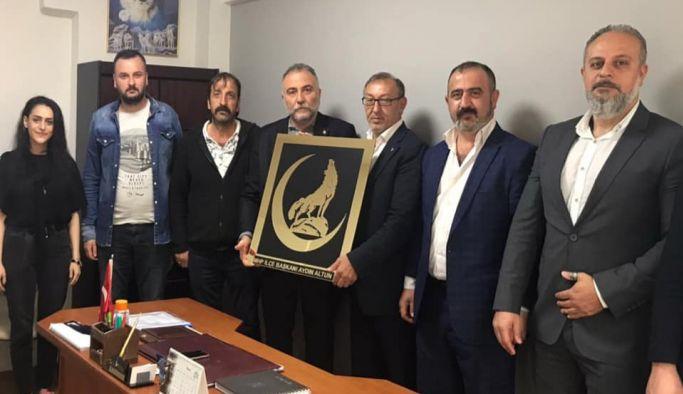 Çetin'den MHP'ye ziyaret