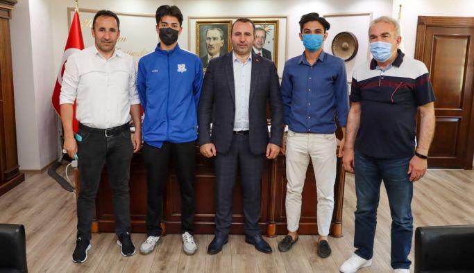 Mustafa Tutuk sporcuları ağırladı