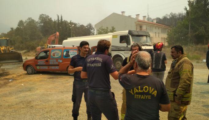 Yalova Belediyesi bir araç daha Manavgat'a gönderdi