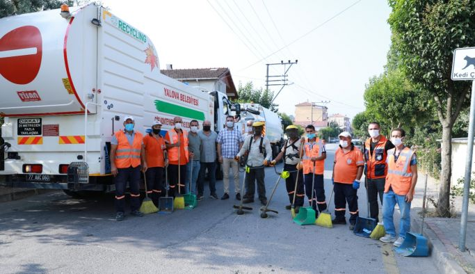 Yalova'nın mahalleleri temizleniyor