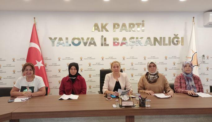 AK Parti, Demokrasi Şehitlerini andı