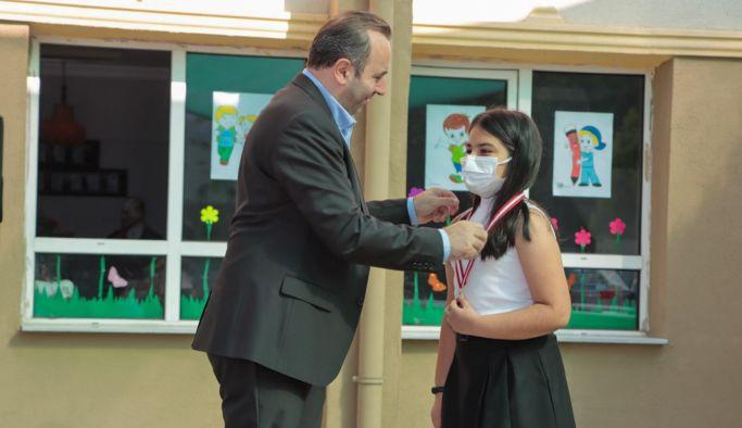 Başkan Vekili Tutuk, öğrencilerle bir araya geldi