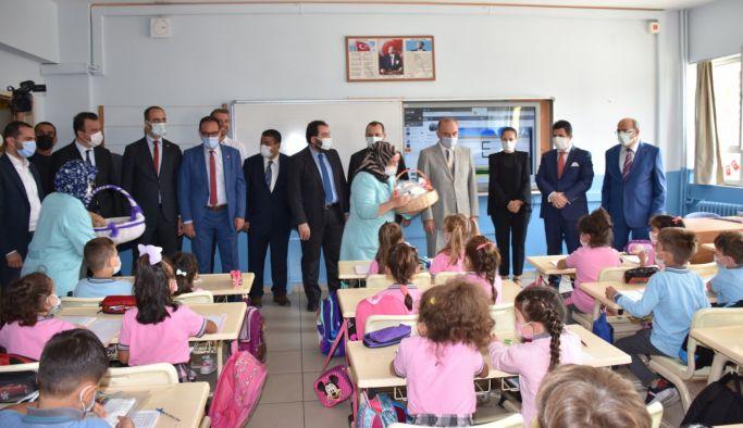 Yalova Protokolü, İlköğretim Haftasını kutladı