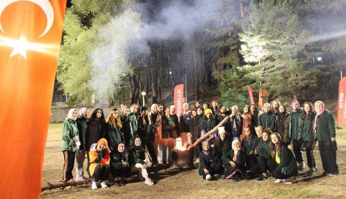 Yeşilay Gönüllüleri kampta buluştu