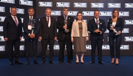 Aksa Akrilik, 'Tekstil ve Hammaddeleri' kategorisinde lider