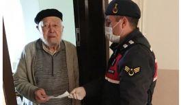 86 yaşındaki amca 10 bin lira bağış yaptı