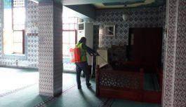 Camiler dip köşe temizlenip dezenfekte edildi
