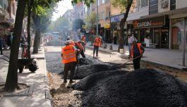 Yeni Cami Sokak asfaltlanıyor