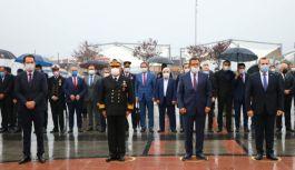 Atatürk, saygı, özlem ve minnetle anıldı