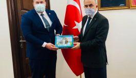 Başkan Tanaçan, Vali Erol'u ziyaret etti