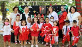 Belediyenin kreş öğrencileri Zafer Bayramı'nı kutladı