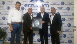Başkan Durmaz, Kocaeli Erzurumlular Derneğini ağırladı