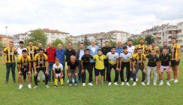 Çınarcık Belediyespor sezon öncesi şampiyonluk sözü verdi