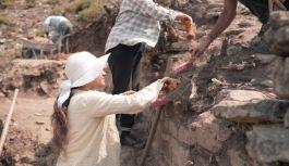 Tarihi aydınlatacak çalışmalar Çobankale'de sürüyor