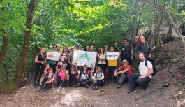İstanbullu Doğa Sporcuları, Altınova'da yürüdü