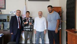 Yalovalı Ali, Türkiye boks ikincisi oldu