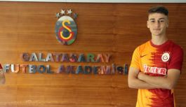 Yalovalı Yiğit Demir Galatasaray'la sözleşme imzaladı