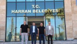 Çınarcık Belediye Başkanı Numan Soyer, Harran Belediye Başkanı Mahmut Özyavuz'u ziyaret etti
