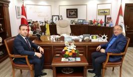 Başkan Salman tebrikleri kabul ediyor