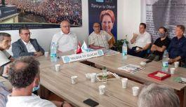 İYİ Parti, Vekil Erozan'la bayramlaştı