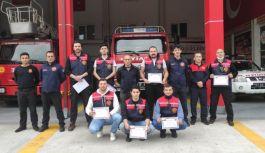 7 gönüllü itfaiyeci sertifikalarını...
